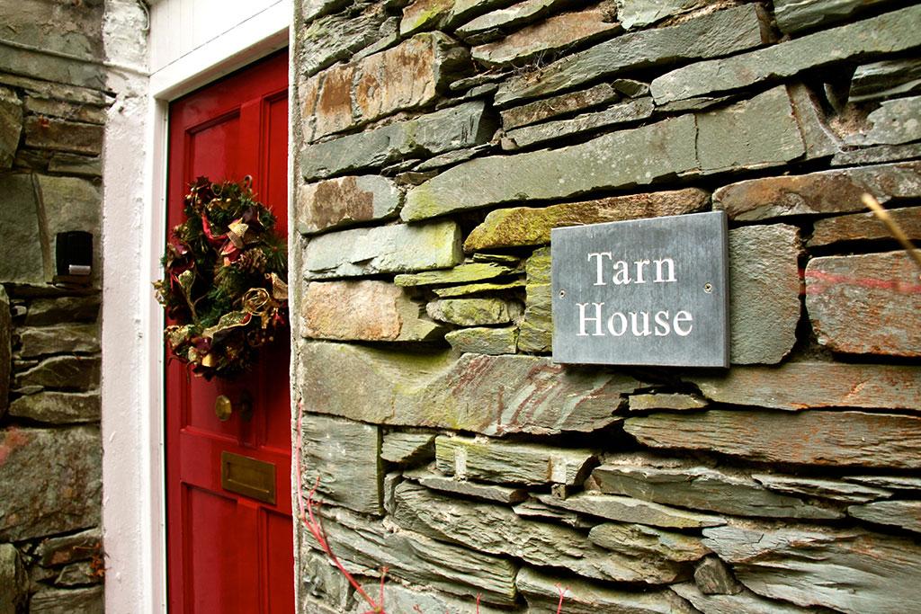 christmastarnhouse2
